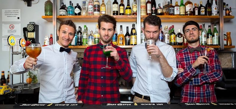 El Quinto Moño gay bar Barcelona